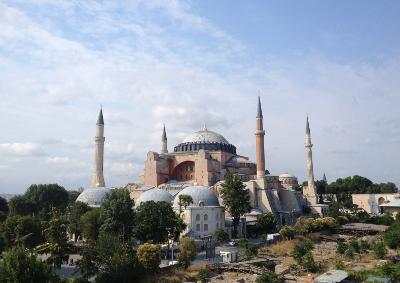hagia_sofia_istanbul_turecko_400px
