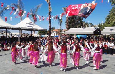 Turecké svátky: Den svrchovanosti a Den dětí