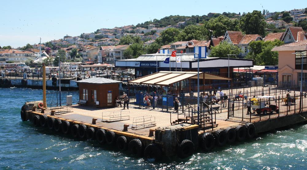 Kınalıada přístaviště