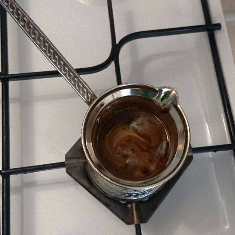 vaření turecké kávy