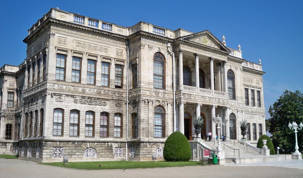 Palác Dolmabahçe