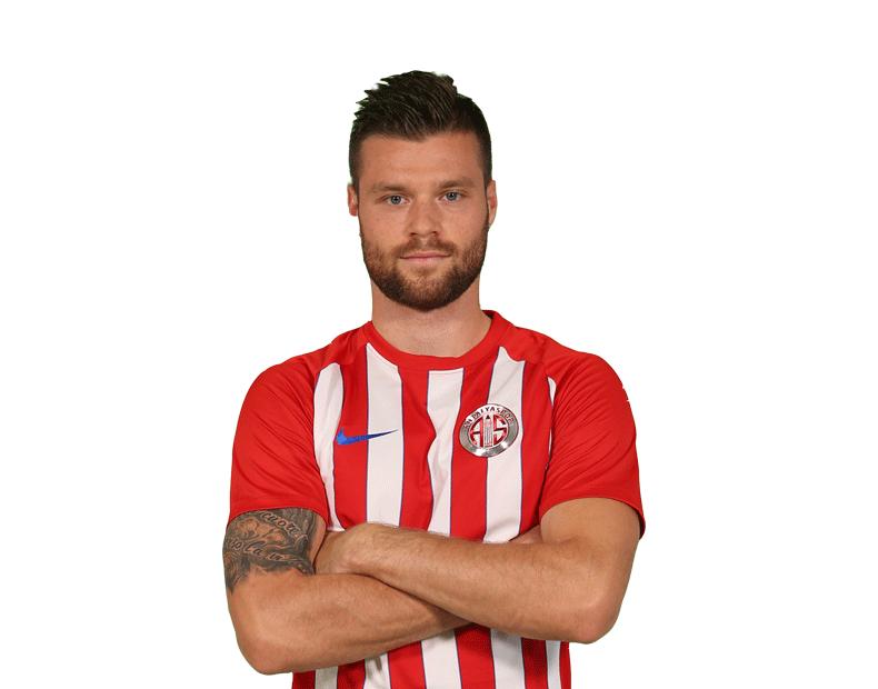 Český fotbalista Ondřej Čelůstka a jeho život v Turecku