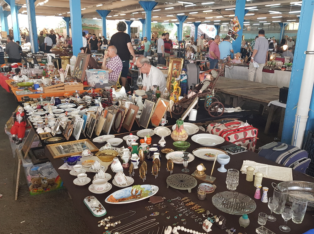 Feriköy Antika Pazarı turecký bleší trh