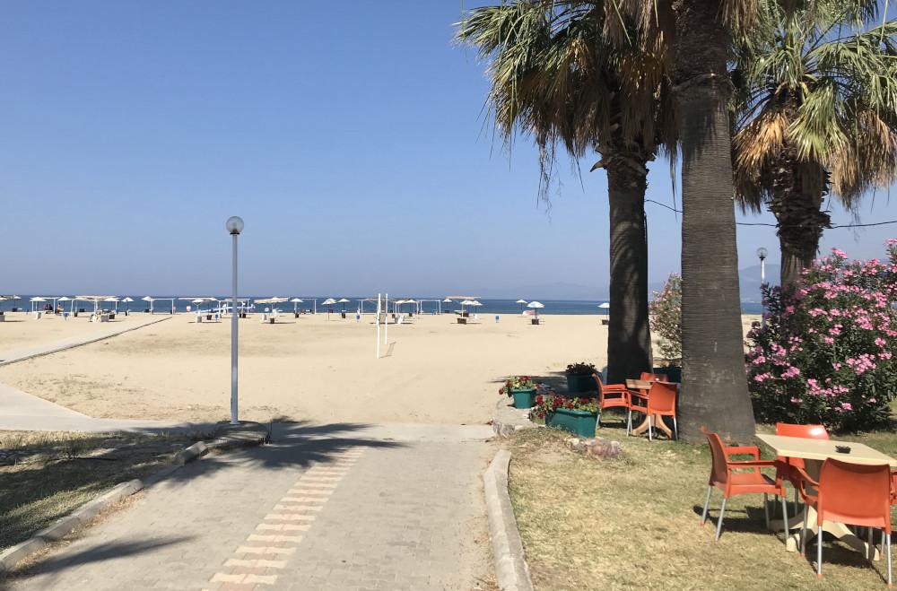 Dovolená v Turecku pláž COVID-19